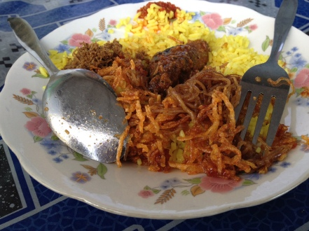 nasi kuning di Ambon