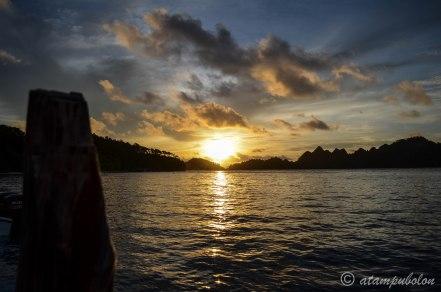 sunset at Wayag