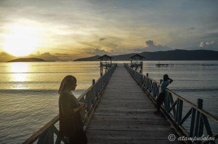 enjoying the sunrise in Yenwaupnor