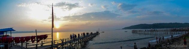 matahari terbit di Pantai Timur Pangandaran