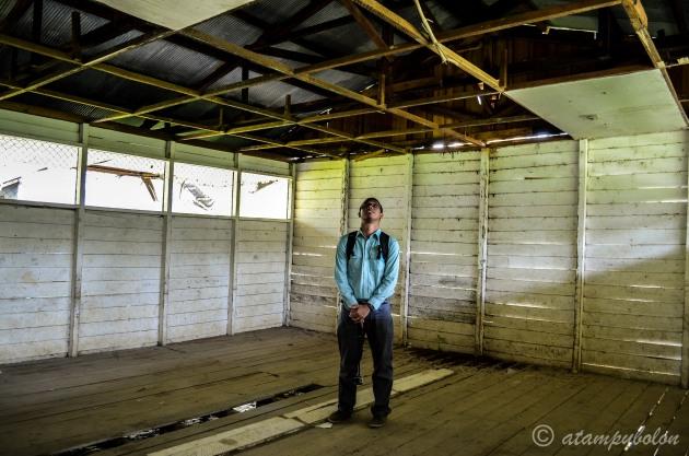 kondisi salah satu ruangan di gedung lama SDN Sungai Tuak