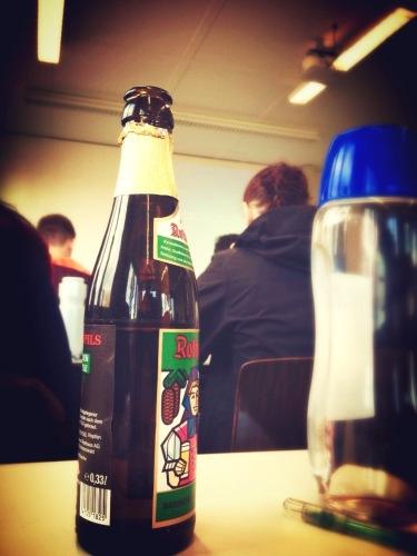 Minum bir dalam kelas Prof. J